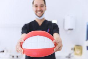 economia para clínicas odontológicas